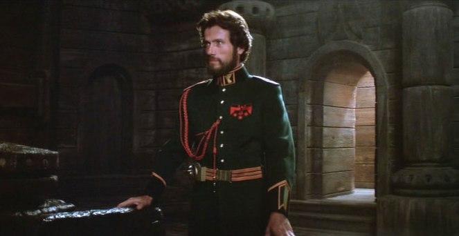 Jurgen Prochnow as Duke Leto Atreides