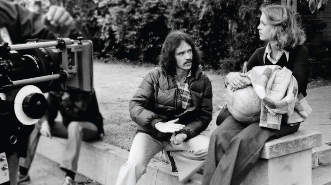 john-carpenter-jamie-lee-curtis-halloween